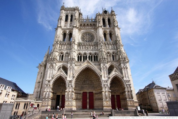 amiens_cathedral_950px